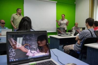 Participanţi la cursurile de accesibilizare web