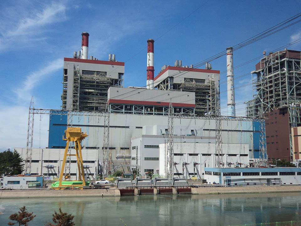 2012 Boryeong Thermal Power Plant Unit 1 2 13 Style Lab Kantor Arsitek Umum: Arsitek Ahn Eung-jun