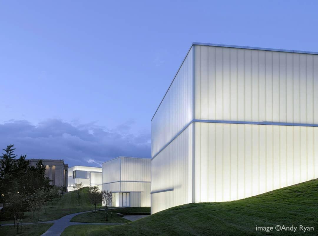 1762189252681944867 Style Lab Arquitectos e ingenieros: arquitecto Ahn Eung-jun
