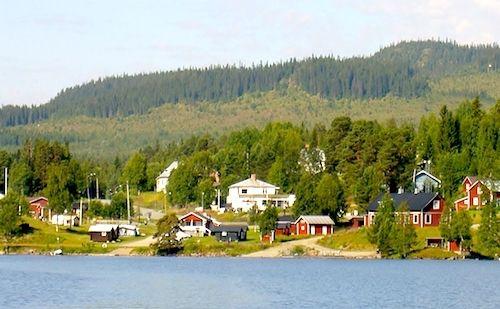 Servicepunkt Handlarn i Rötviken, vy från sjön.
