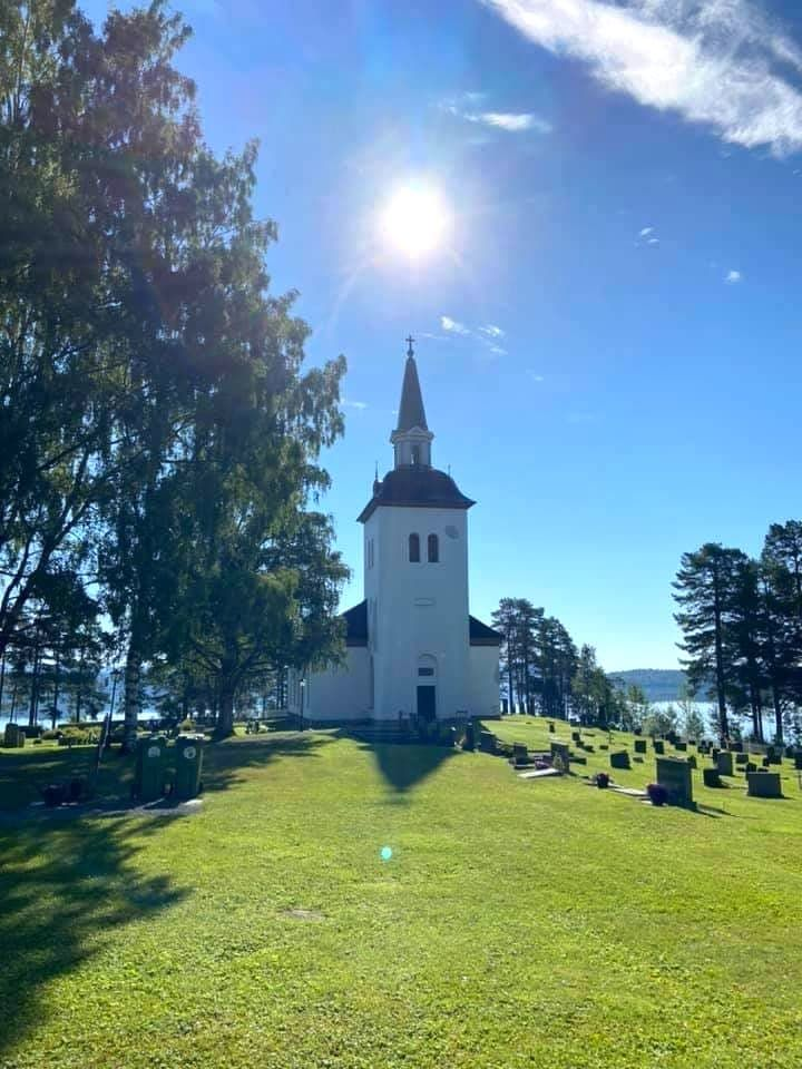 Hotagens kyrka. Foto © Arne Wiklander.
