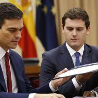 El sainete de PSOE y C´s convierte el #26J en un duelo entre PP y Unidos Podemos
