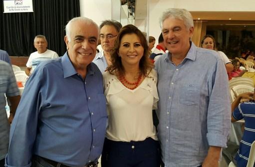 Resultado de imagem para presidente nacional do PR, João Maia e George