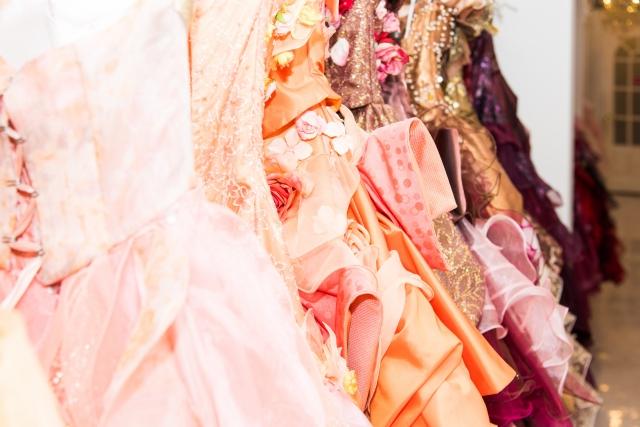結婚式に着るドレス、黒がNGってホント?!
