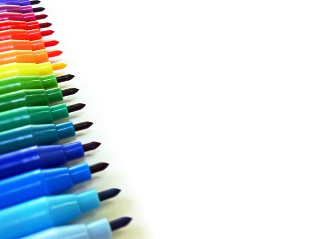 水性?油性?ペンの種類の特徴と見分け方