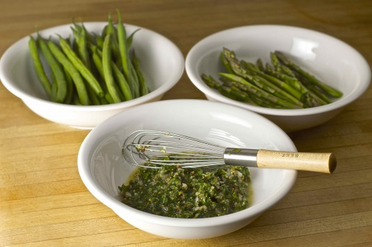 green vegetables parsley sauce bowls