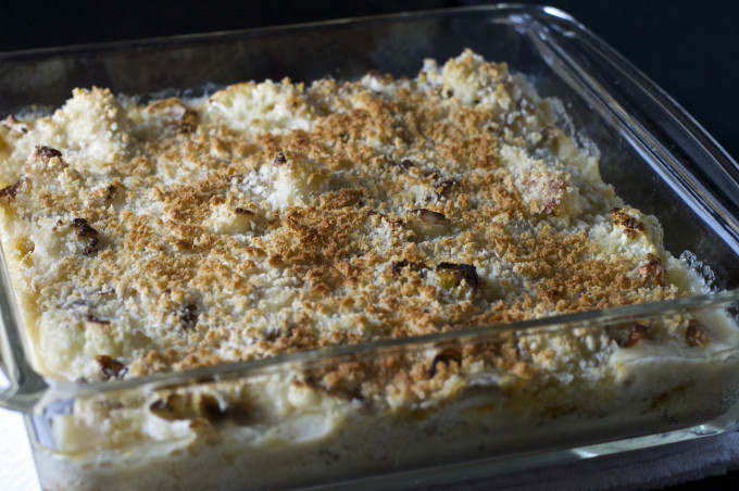 cauliflower cheese bake in pan