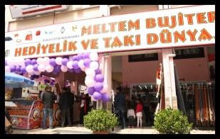 Meltem Bujiteri Hediyelik ve Takı Dünyası- Antalya TV- Muhabir Rüya Kürümoğlu01 - Kopya