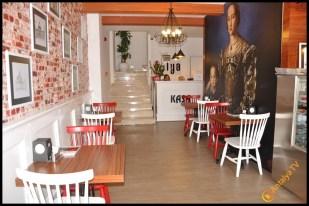 Talya Cafe Bistro- Nuri Alço, Fidan İlteray, Antalya TV, Muhabir Rüya Kürümoğlu (14)