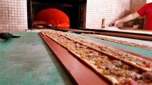 Akkuyu Mahallesi Paket Servis Tel 0242 227 2627 Miray Konyalı Etli Ekmek Uncalı (7)