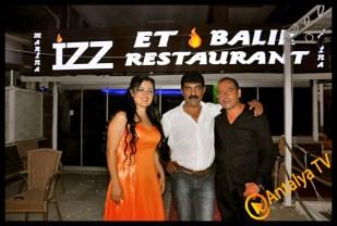 İzz Et Balık Restaurant'- Leyla Ertaş- Gülay Nacar- Hurşit Durmaz