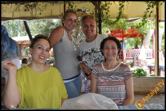 Kadınlar Kulübü Efsane Köy Kahvaltısı'nda (18)