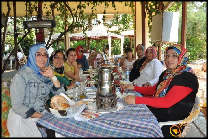 Kadınlar Kulübü Efsane Köy Kahvaltısı'nda (32)