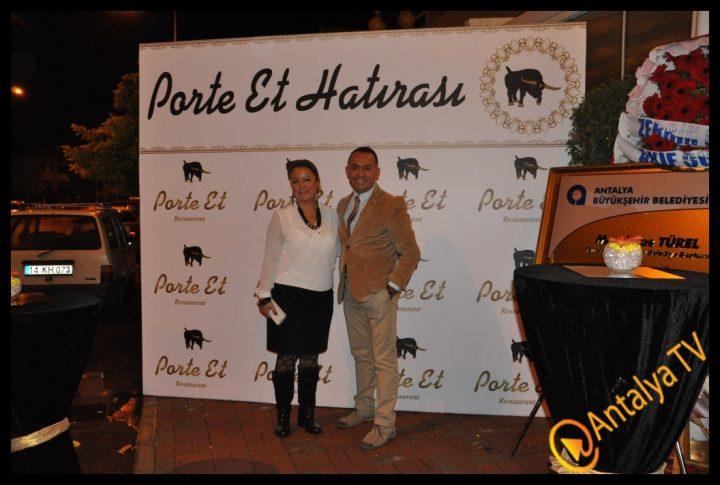 Porte Et Restaurant Açıldı.. (425)