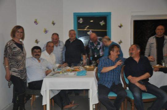 """Turhan Taşan'a """"Saygı ve Vefa Gecesi"""" Bambus Balık Restaurant'da Yapıldı…"""