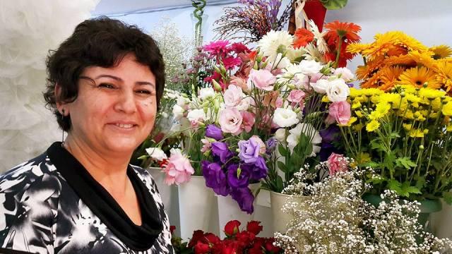 Antalya Işıklarda Çiçekçiler - 0538 9692901 Gülşen Çiçek Evi (25)