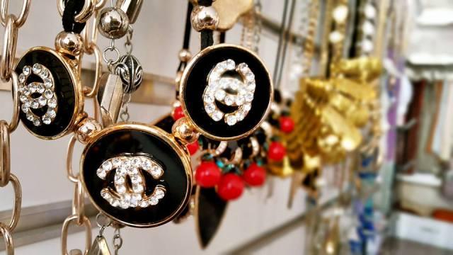 B & G Boutique Antalya - 0242 2295999 antalya takı mağazaları saat küpe yüzük kemer çanta modelleri (7)