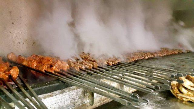Antalya Şiş Köfte Piyaz 0242 228 8200 Şişçi Ramazan Konyaaltı Restoranlar Uncalı Paket Servis (2)