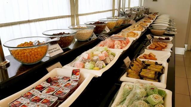 Blue Garden Hotel - 0242 228 8900 - Her Gün Açık Büfe Kahvaltı
