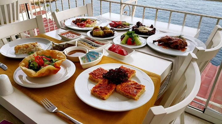 Antalya Toplantı Yemekleri 0541 5418200 Kabare Saçıbeyaz Restaurant  (2)