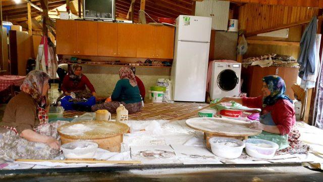 antalya çakırlar kahvaltı mekanları  gözlemeciler arife kır sofrası (12)