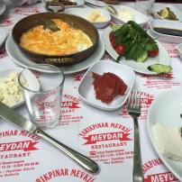 antalya kemer ulupınar en iyi restaurant kahvaltı yarıkpınar meydan restaurant (17)