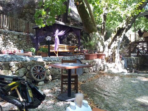 antalya kemer ulupınar kahvaltı mekanları yarıkpınar meydan restaurant (1)