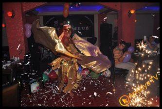 50 Cent Club Bar - Suzi Gancer
