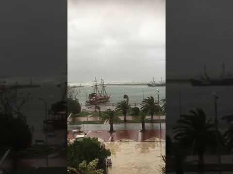 Alanya'da fırtına hayatı olumsuz etkiledi