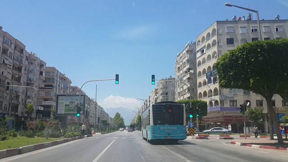 Antalya 100. Yıl Bulvarı – Antalya Şehir Merkezi Gezi Tatil Tur