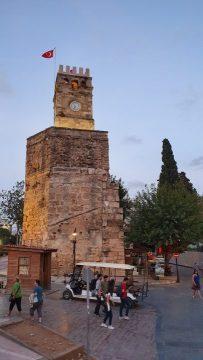 Saat Kulesi Antalya Kale Kapi Kapali Yol Manzarasi (1)