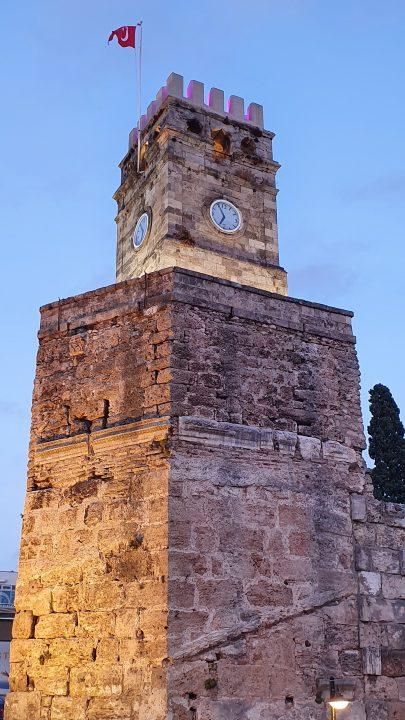 Saat Kulesi Antalya Kale Kapi Kapali Yol Manzarasi (3)