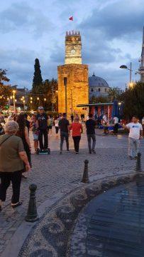 Saat Kulesi Antalya Kale Kapi Kapali Yol Manzarasi (9)