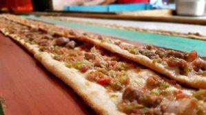 Miray Konyalı Etli Ekmek Uncalı'da... Tel: 0242 227 2627  Konyaaltı Paket Servis