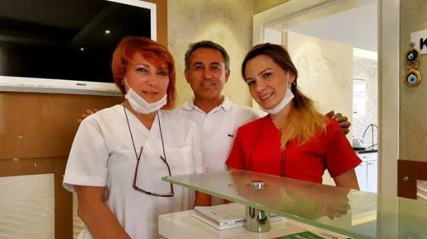 Sanat ve beceri dolu bir klinik ve Diş Hekimi Enise Arzun...