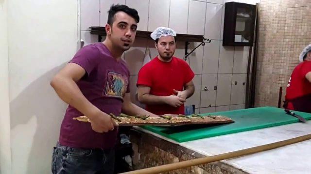 Etli Ekmek Yapılışı - Miray Konyalı Etli Ekmek Antalya