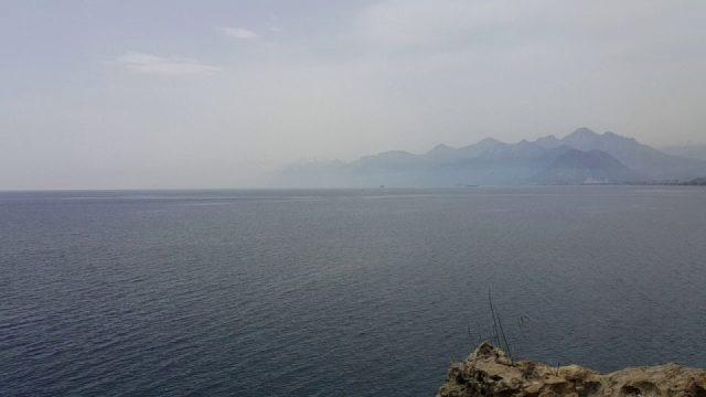 Antalya Deniz Manzarası – Atatürk Parkı Falezlerden Denizi Seyret Antalya Tatil Gezi Tur