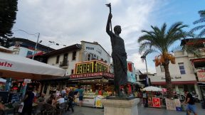 Antalya Kale Kapısı Saat Kulesi Antalya Gezilecek Yerleri