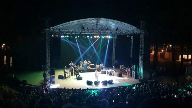 Çemberimde Gül Oya - Selda Bağcan Antalya Konseri - Al beni kıyamam seni sözleri