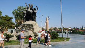 Cumhuriyet Meydanı Antalya Atatürk Heykeli Antalya Turistik Gezilecek Yerleri