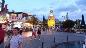 Saat Kulesi Antalya Kalekapısı Kapalı Yol Turistik Mekanlar Gezilecek Yerler