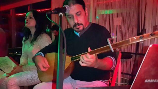 Ahirim Sensin (Cahildim Dünyanın Rengine Kandım) Sözleri - Alanya Türkü Bar Canlı Performans