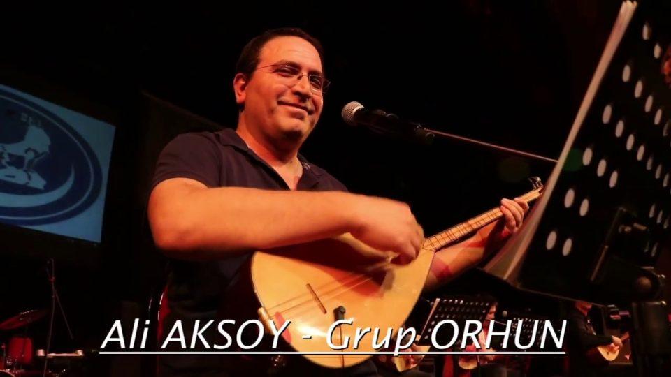 Bozkurtlar Geliyorlar – Ali Aksoy – Grup Orhun Antalya Konseri – Söz – Müzik: Ali Aksoy