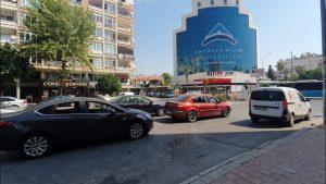TRT Caddesi Yürüyüş Antalya Tonguç Caddesi