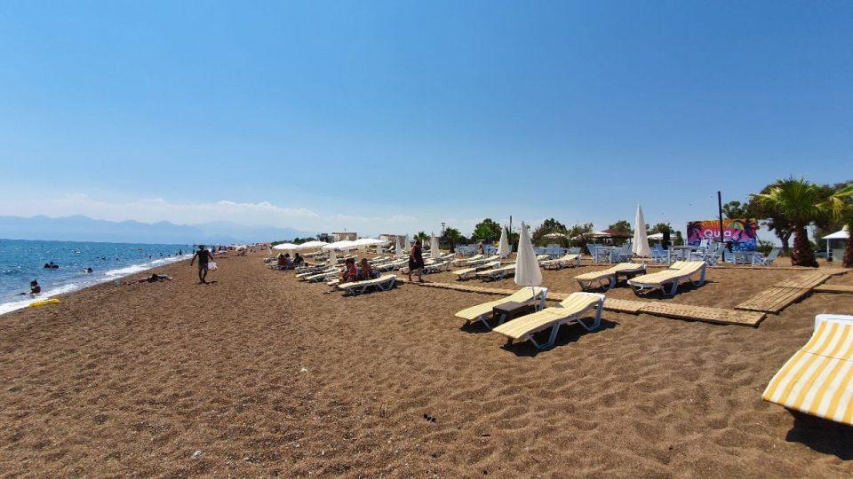 antalya lara plajları qula beach club restaurant cafe bar plaj canlı müzik 10