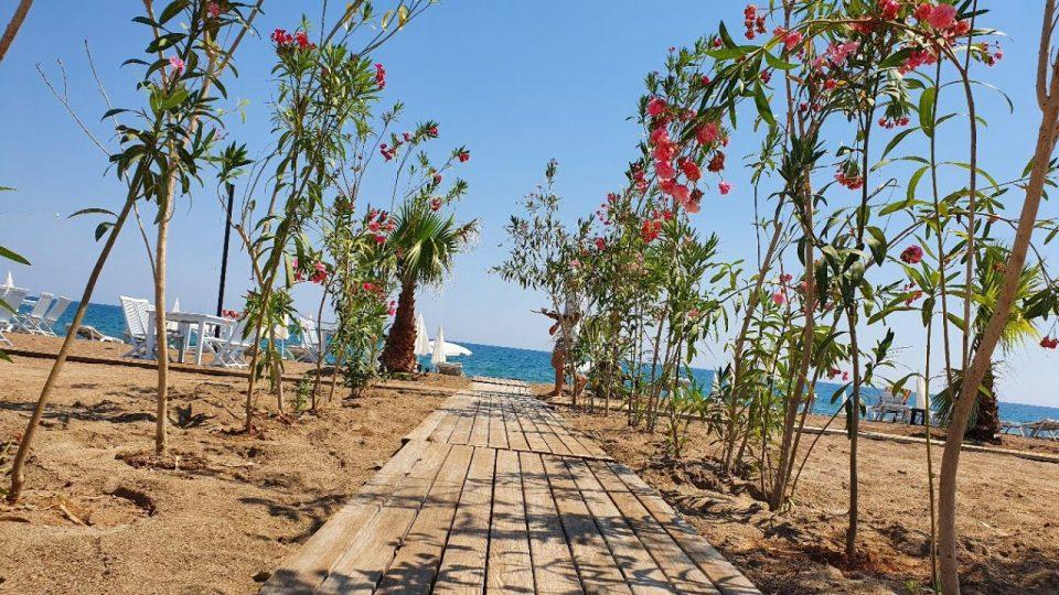 antalya lara plajları qula beach club restaurant cafe bar plaj canlı müzik 12