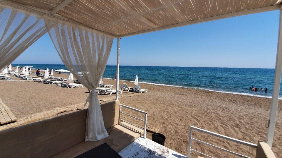antalya lara plajları qula beach club restaurant cafe bar plaj canlı müzik 2