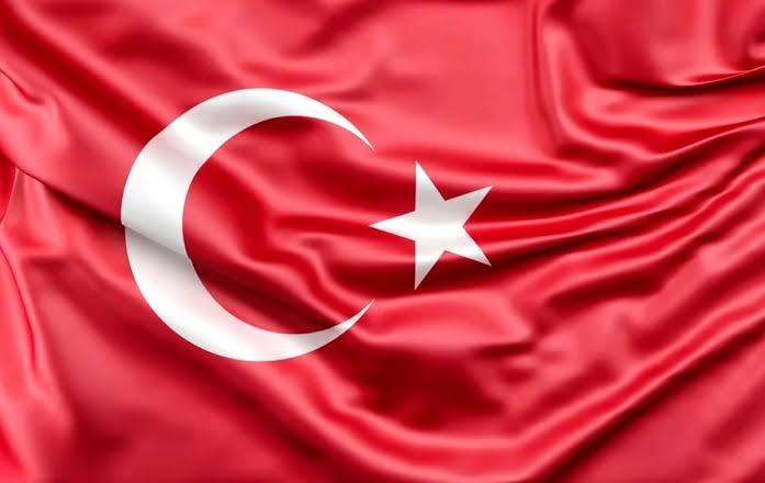 bölücülere ali aksoy türk bayrağı