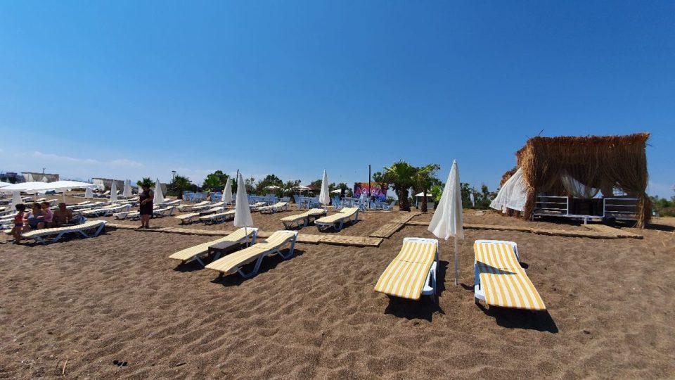 qula beach club restaurant lara plajları antalya 13