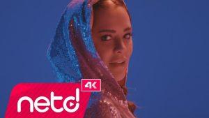 Reyhan Karaca - Tam 12'Den Şarkı Sözleri